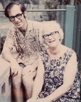 Douglas Fortescue (Fort) Zohrab and his mother, Margaret Zohrab (nee Bendall), ca. 1975