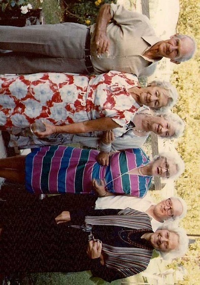 Paul Page, Joan Page (nee Zohrab), Margaret Zohrab (nee Bendall), Margaret May Zohrab (nee Miller, widow of Ted Zohrab), Doug Zohrab and Rosemary Zohrab (nee Miller).